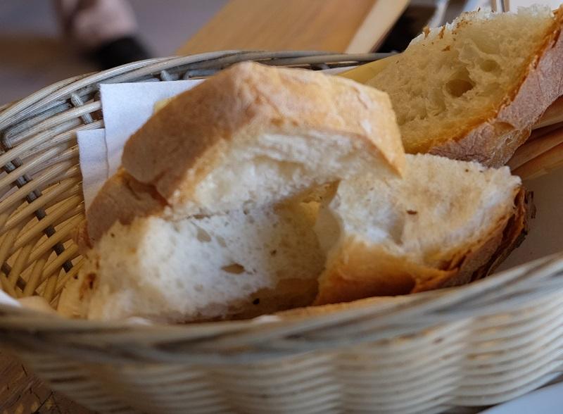 外はカリカリなのに中はしっとりのマルタパンはお勧め!