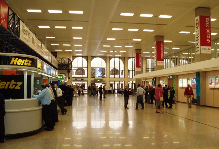 マルタ航空の拠点マルタ国際空港