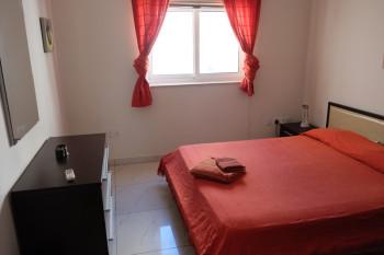 シンプルな寝室も開放感がありました。