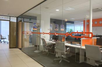 ECのオフィス。世界中の拠点がここにあります
